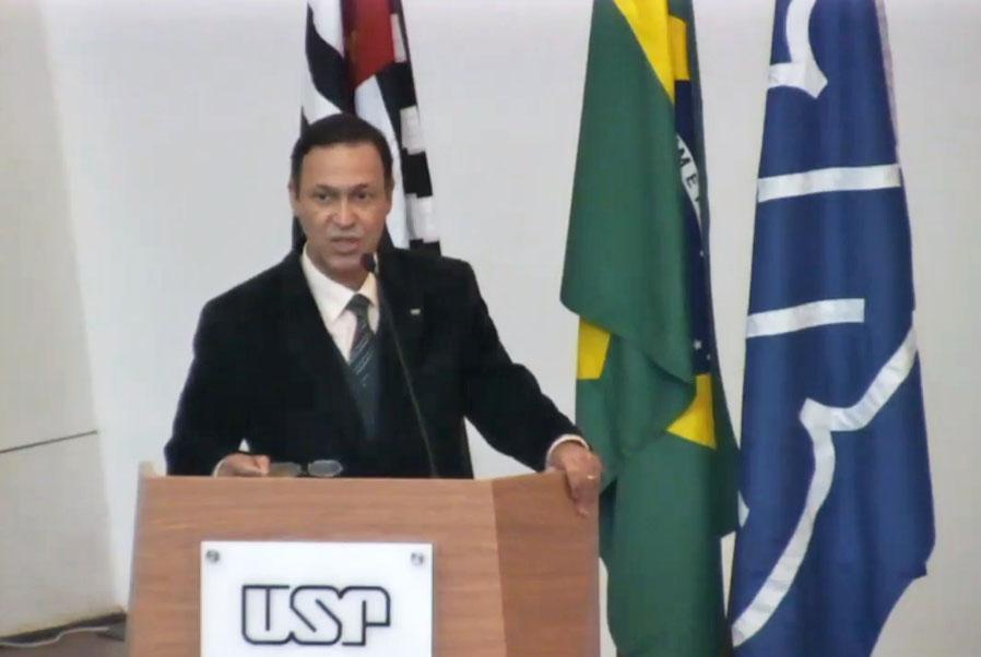 Dirigente da FOB-USP e HRAC-USP defende criação da Faculdade de Medicina e implantação do HC