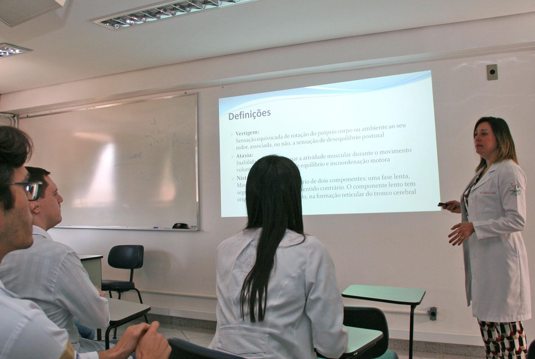 Jornada na USP em Bauru discute tontura e distúrbios do equilíbrio