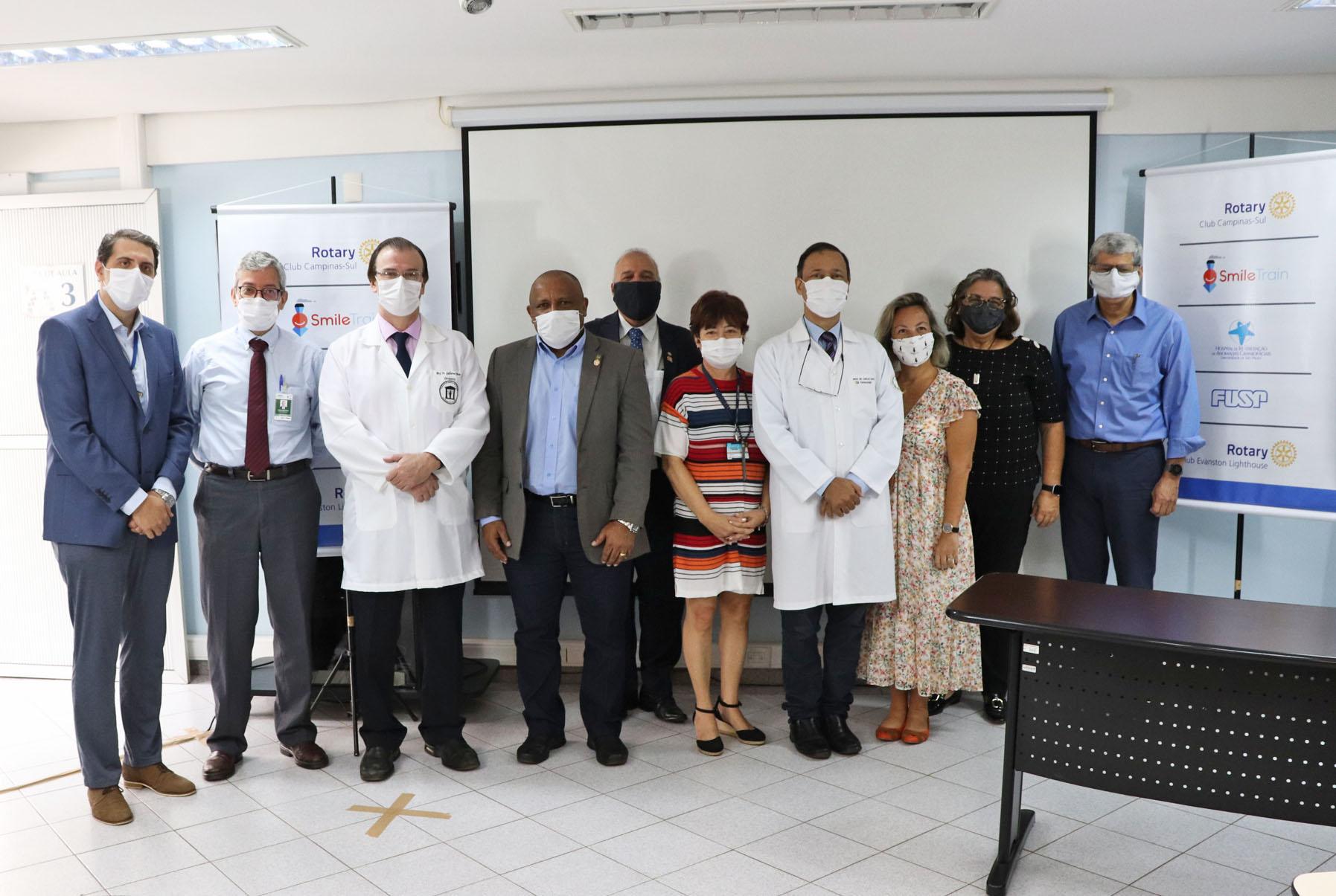 Aula inaugural marca início de dois novos cursos no HRAC-USP