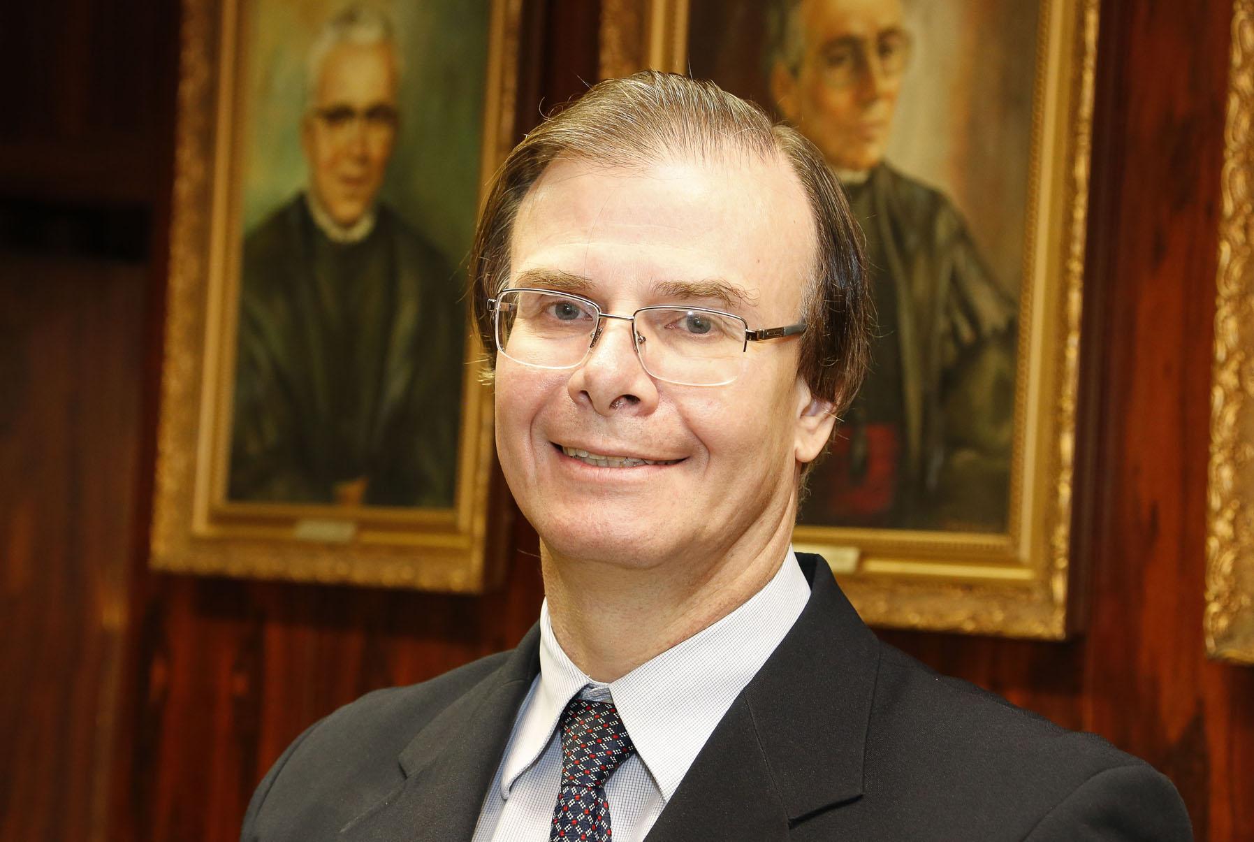 (Português do Brasil) Nota de pesar pelo falecimento do Prof. Dr. Guilherme Janson
