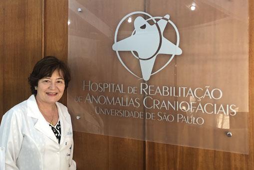 Dra. Cleide Carrara é indicada superintendente substituta do HRAC-USP